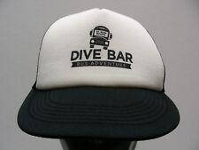 Dive Bar Bus Adventure - St. Rosa Escuela - Camionero Estilo Ajustable Gorra 57636582e2e