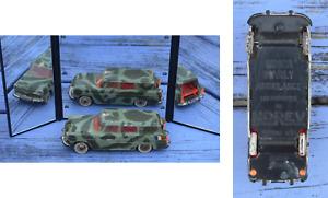 Norev Simca Marly ambulance repeinte militaire, 1/43