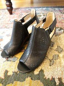 Adrienne Vittadini Open Toe Bootie Sandal  Size 6.5M, Black Leather EUC