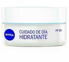 NIVEA Facial Moisturizing Day Cream SPF 15 for Normal Skins