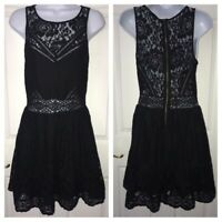 Kimchi Blue Urban Outfitters Bella Lace Dress Fit&Flare Black Floral Sz Small