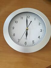 Classic wall quartz clock 2172