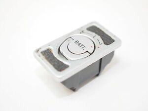 Pentax 6x7/67 Battery Holder