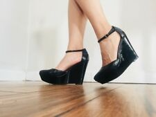 Kenneth Cole Leather Wedges Strap Heel Heels Size 7 Very sexy