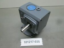"Boston Gear F71010B4J 10:1 .37 HP In 123 Lb. In. Out 1/2"" Shaft Gear Reducer New"