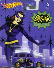 Hot Wheels 2015 Pop Culture School Busted Purple Real Riders Batman 1 64