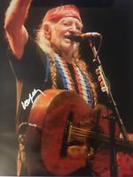 WILLIE NELSON SIGNED 16X20 PHOTO AUTOGRAPHED AUTO PICTURE