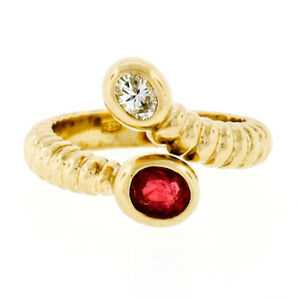 18K Yellow Gold 0.70ctw Bezel Oval Ruby Diamond Grooved Ribbed Bypass Snake Ring