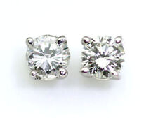 0.25 Quilates Diamante Pendientes en 14k ORO BLANCO