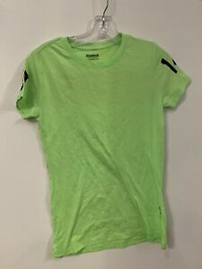 Reebok Women's T-Shirt New size Medium New W/ Defects