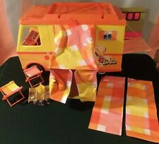 Vintage 1970 Barbie Country Camper w/ Sleeping Bags & Camping Chairs