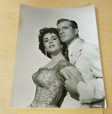 1954 Elizabeth Taylor & Peter Finch in Elephant Walk 11498-56 Movie Still Photo