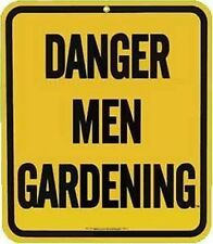 "Imán Nevera Acero Esmalte ""Danger Men Gardening"" (ar)"
