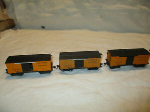 Vintage  Mantua HO scale  wood side reefer