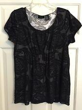 RQT, Large, Ladies Black & White, Short Sleeve, Floral Top, Cute!