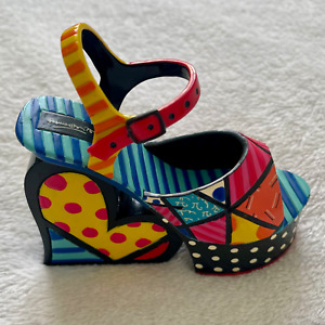 Romero Britto Heel / Shoe Sculpture - Figurine