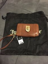 NWT Juicy Couture Tech Wristlet Zip Around Heart Wallet Brown Gold