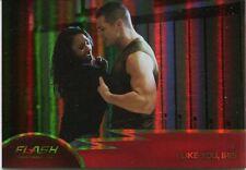 The Flash Season 1 Foil Parallel Base Card #18 I Like You, Iris