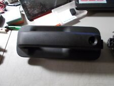2015-16 FORD F-150 OUTSIDE DOOR HANDLE DRIVERS SIDE WITH HOLE FOR LOCK