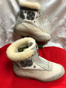 TECNICA made in Italy Women Goat Fur low wedges boots. US SZ-6.5M. EUR Sz-37M.