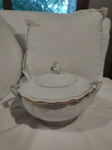 Empress byBOHEMIA CERAMIC Soup Toureen, Lid, & Laddle