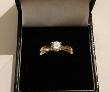 9 Carat Gold Ring solitaire cubic zirconia Ring/Size Q/Gold Ring/Jewellery