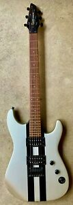 2003 Squier by Fender Showmaster HH Rally Stripe Rosewood Fretboard Silver Black