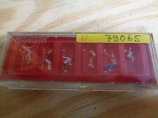 N 1:160 Preiser 79065 Figuren zum Kettenkarussell. Figuren. OVP