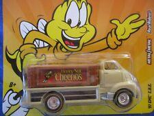 Hot Wheels 2012 GMC 1951 COE GENERAL MILLS HONEY NUT CHEERIOS RR METAL B-EEE-RW