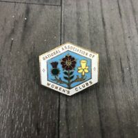 AUTHENTIC VINTAGE NATIONAL ASSOCIATION WOMENS CLUBS  ENAMEL RARE PIN BADGE