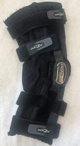 DonJoy Playmaker II FourcePoint Knee Brace Sleeve S Small ACL MCL PCL Support