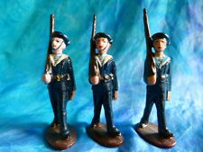 QUIRALU. Lot 1 de3 figurines de marins au défilé en aluminium - ref Q41