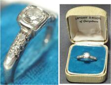 14KT WHITE GOLD DIAMOND RING 1/2 CARAT + BAGUETTES
