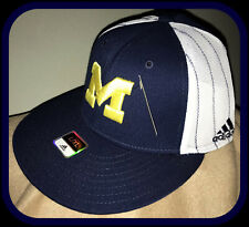 VINTAGE 2011 MICHIGAN WOLVERINE ADIDAS ADULT EMBROIDERED FLEX FIT CAP NEW W TAGS