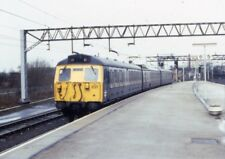PHOTO  NORTH END OF STAFFORD STATION ELECTRIC 1987 MULTIPLE UNIT NO 304037