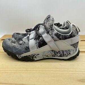 NEW sz 13 Under Armour Valsetz Trek Disrupt Moon Trail Shoes Grey 3022622-100