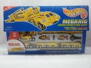 NEW Vintage 1996 Mattel Hot Wheels MEGARIG Construction Site - 50 Moving Parts