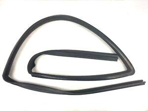 97-01 Honda CRV Left Front Window Run Channel Molding Glass Guide Rubber Seal