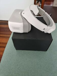 DJI GOGGLES  / SEE A DIFFERENT WORLD.   HDMI