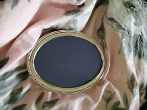HALLMARKED SILVER OVAL PHOTO FRAME 6 x 4.5 inches