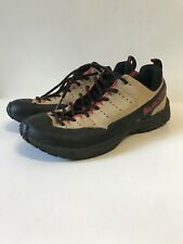 la sportiva womens climbing shoes Us6