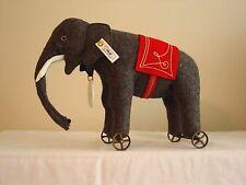 Steiff - Steiff Club Elephant on Wheels - #420115 - Replica 1914