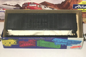 Roundhouse HO 50' Modern Double Door Box Car Undecorated Kit  1760