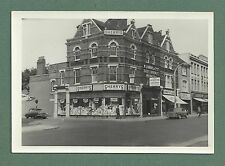 EARLY 1960'S B/W PHOTO OF SHERRYS OF PUTNEY SHOP AND STREET SCENE