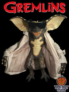 Trick or Treat Studios Gremlins Flasher Gremlin Puppet Prop Replica New In Stock
