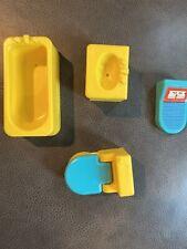 VTG Fisher Price Little People bathtub Bathroom Set TUB TOILET SINK SCALE #909
