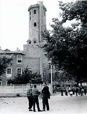 MILLAU c. 1960 - Le Beffroi Joueurs de Boules Aveyron - DIV 3188