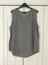 Jaeger New 100% silk top size 16 navy/white