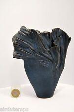 VASE ART CONTEMPORAIN signé terre cuite émaillée h 18,5 cm