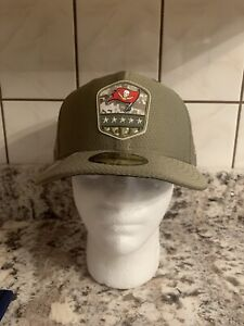Tampa Bay Buccaneers NFL Salute To Service 59FIFTY Fitted Cap - Size 7 3/8